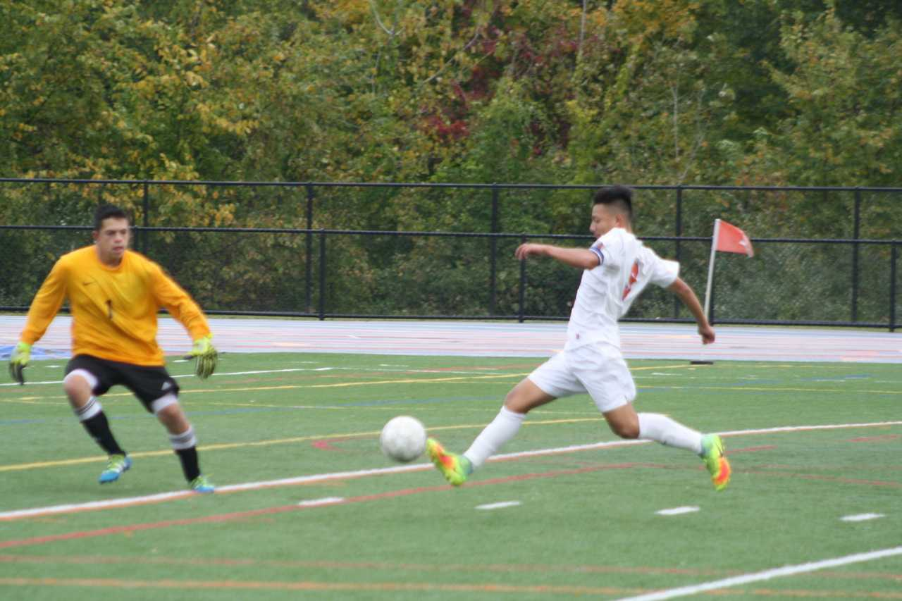 Hatters on the attack at a recent home match. The team has clinched a FCIAC playoff spot.