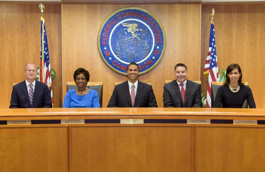 The+members+of+the+Federal+Communications+Commission+%28from+left+to+right%29%3A+Brendan+Carr%2C+Mignon+Clyburn%2C+Ajit+Pai%2C+Michael+O%27Rielly%2C+and+Jessica+Rosenworcel.+