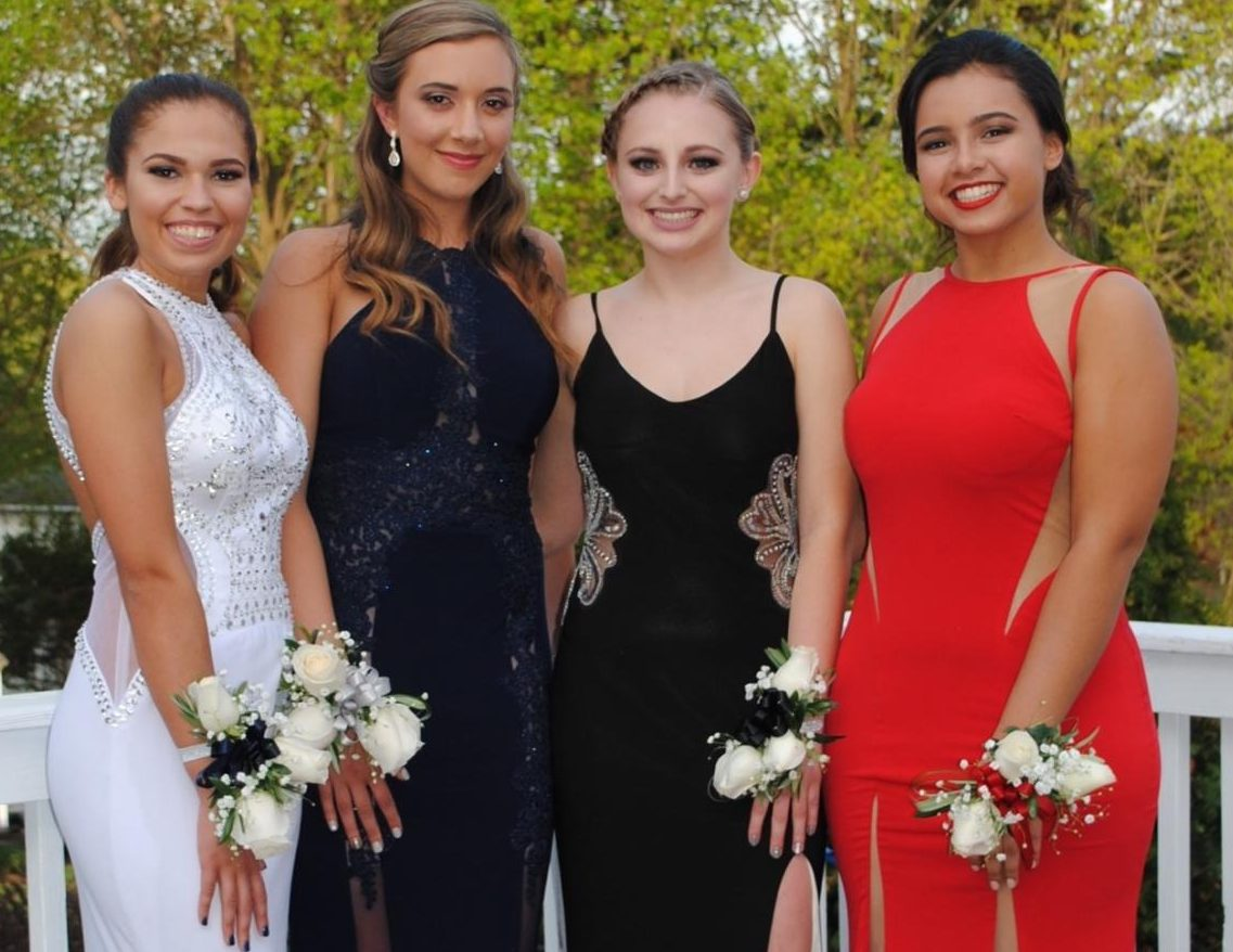 Seniors to enjoy their final High School prom on May 25th.