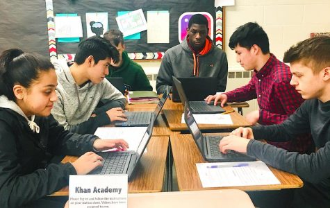 English teachers, students adapt to using Khan Academy in classroom