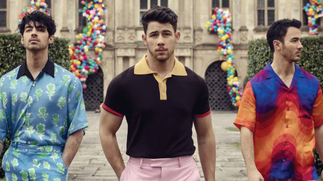 Review%3A+Jonas+Brothers+return+in+triumph+with+single%2C+%27Sucker%27