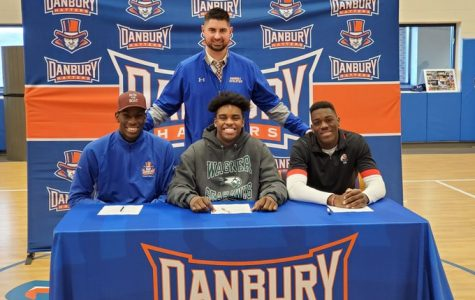 Hatters sign letters of intent to play football in college