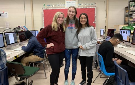 Kate Koelhoffer, Brooke Beneway and Linda Saad in Ap Computer Science class